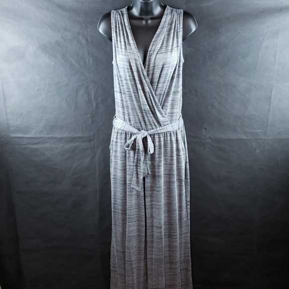 New York & Company Other - NY&CO NWOT GREY SELF TIE BELT JUMPSUIT